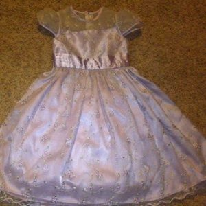 Lavender girl dress sz 4 by Cinderella